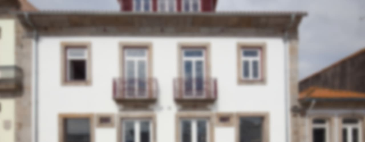 Reabilitação Casa junto ao Rio Casas minimalistas por Marques Franco Arquitectos Minimalista