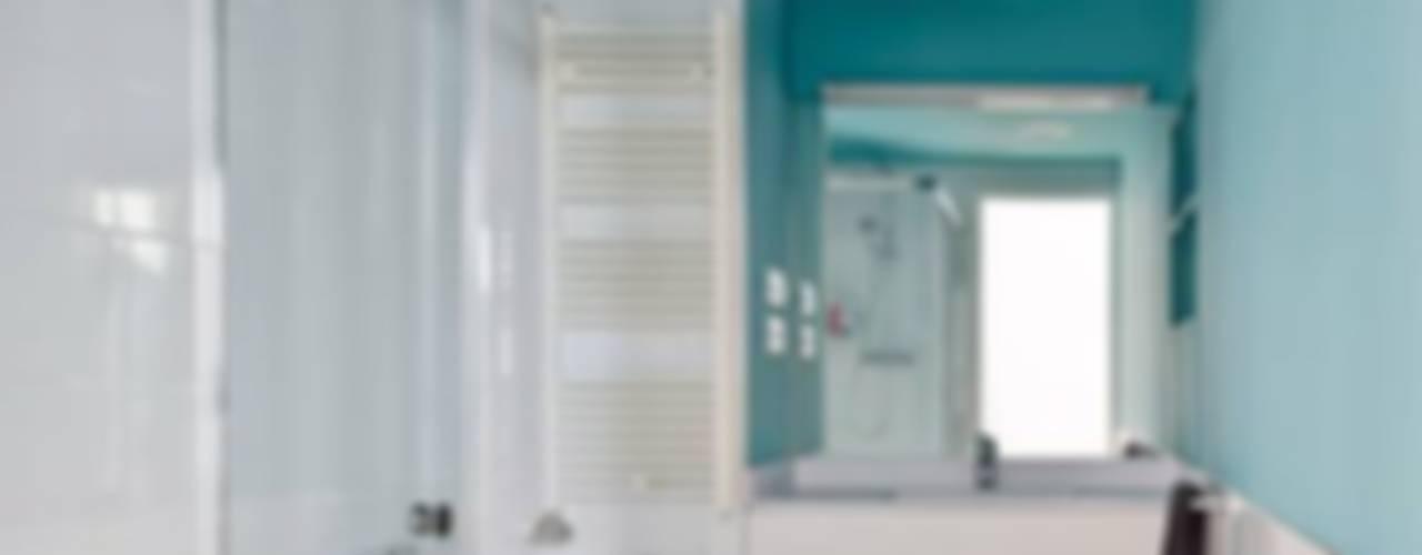 Badkamer door Vallribera Arquitectes, Minimalistisch