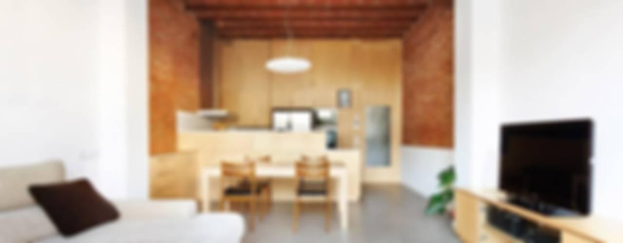 Salas de estar  por Vallribera Arquitectes
