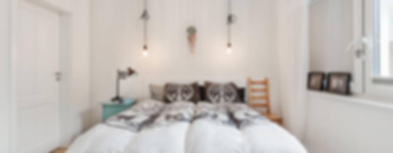 Dom jednorodzinny w Redzie Skandynawska sypialnia od PracowniaPolka Skandynawski