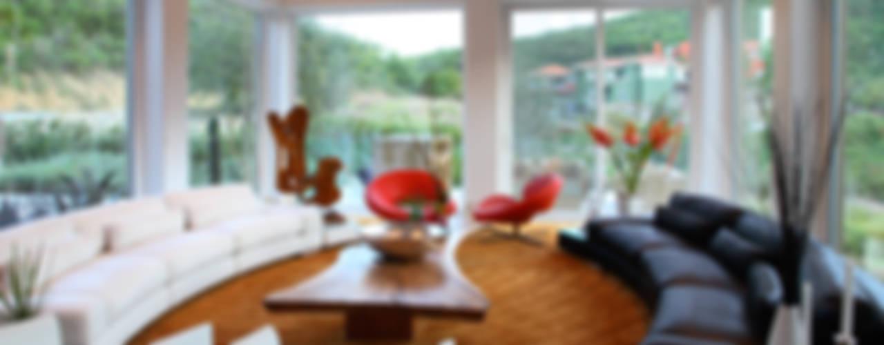 Livings modernos: Ideas, imágenes y decoración de Adrián Martínez Arquitectos Moderno
