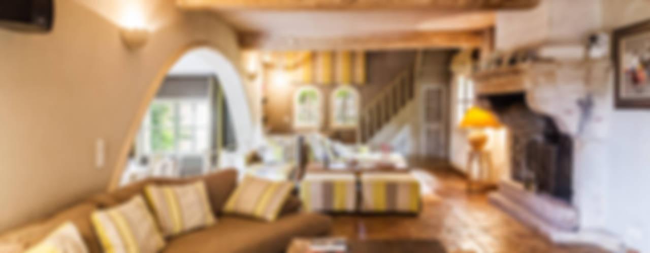 Salas / recibidores de estilo  por PASSAGE CITRON,