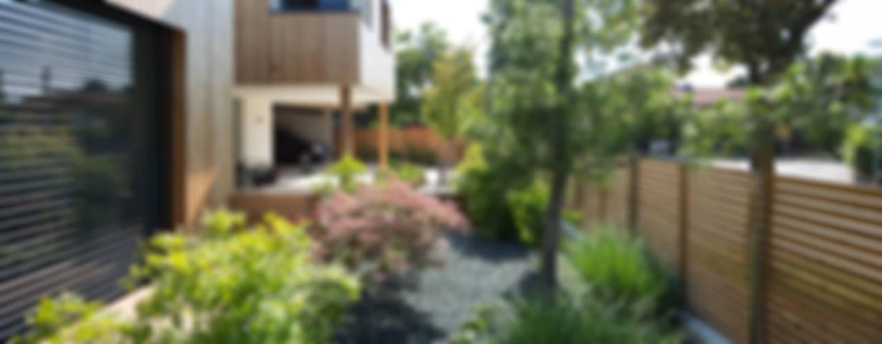 Moderne tuinen van BEGRÜNDER Modern