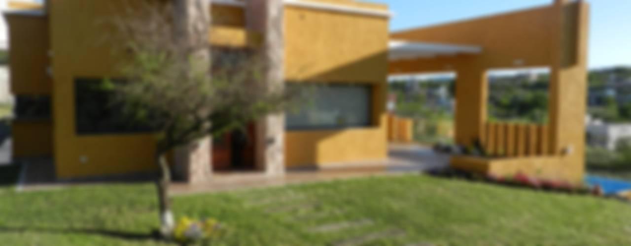 Casas de estilo  por ART quitectura + diseño de Interiores. ARQ SCHIAVI VALERIA