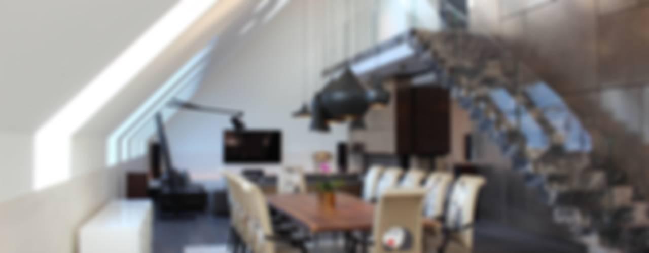 Wohnung E Moderne Wohnzimmer von SMART LIVING GmbH Modern