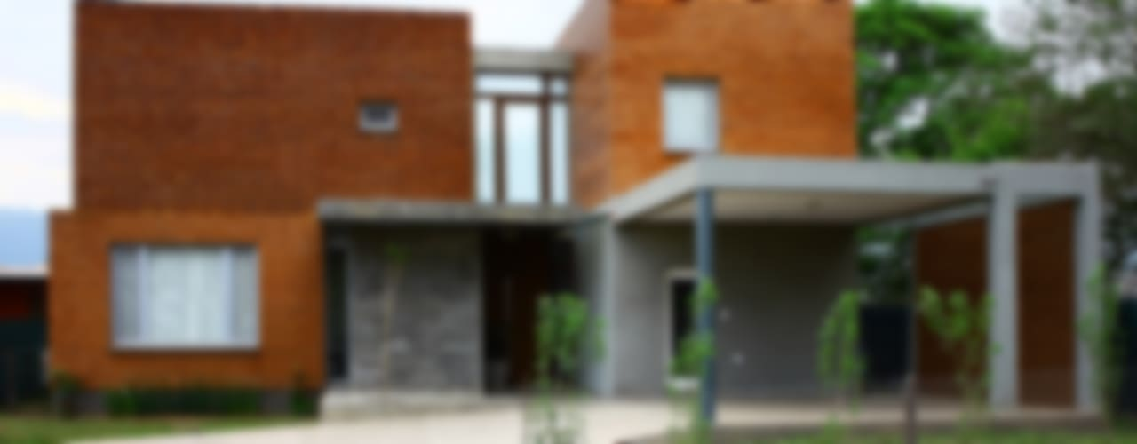 Casas de estilo  por AGUIRRE+VAZQUEZ, Moderno