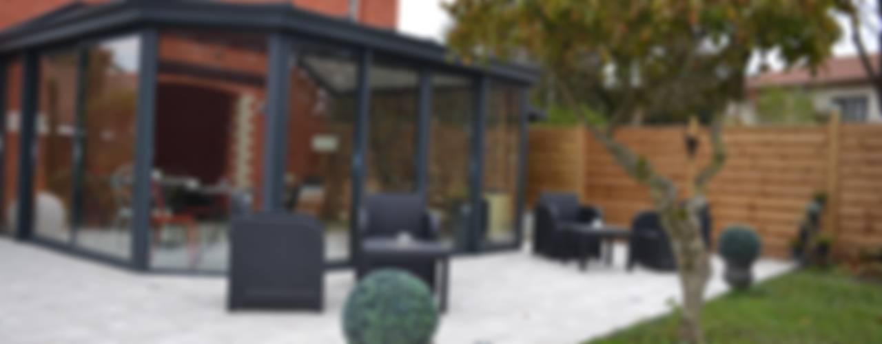 Balcone, Veranda & Terrazza in stile eclettico di KREA Koncept Eclettico