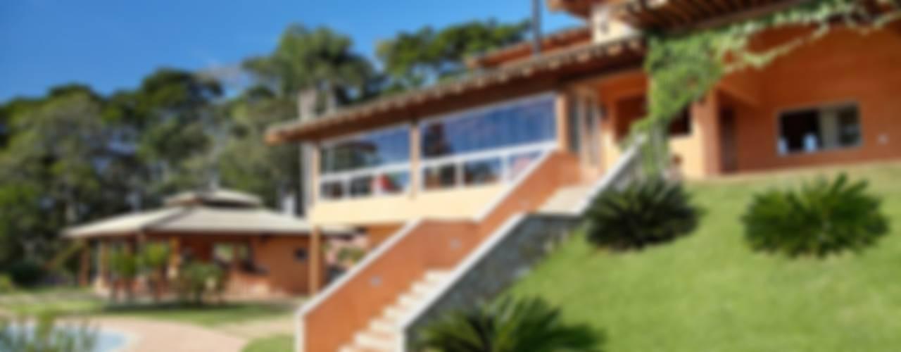 Casa de Campo - Represa de Ibiúna Casas rústicas por Moran e Anders Arquitetura Rústico