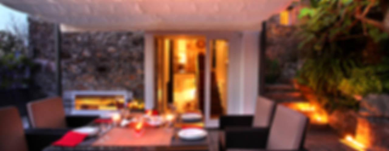 Giardino d'inverno moderno di MANUEL CORREIA FERNANDES, ARQUITECTO E ASSOCIADOS Moderno