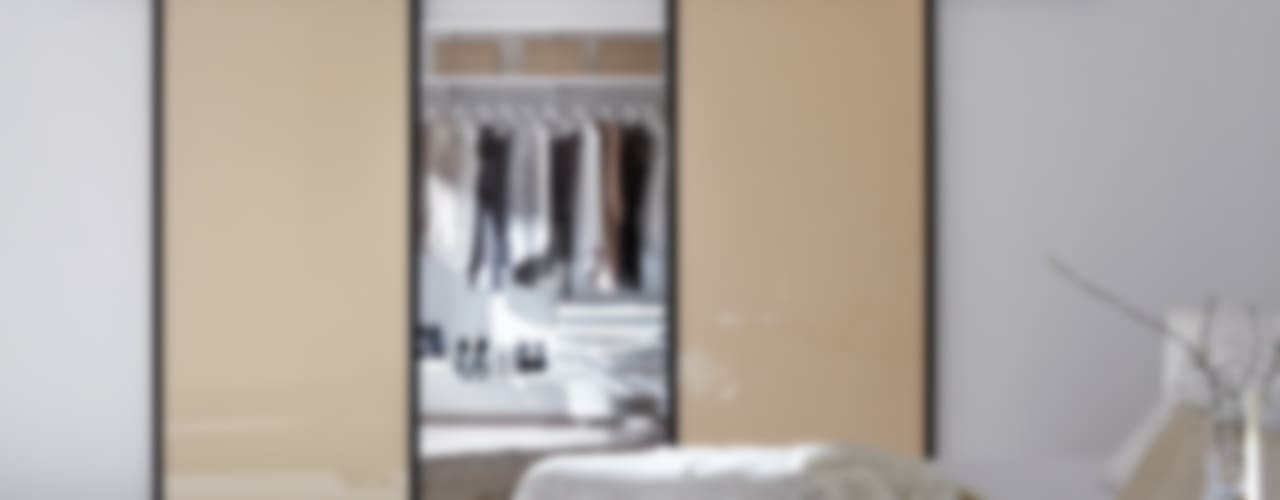 Ein Traum wird wahr: Ihr begehbarer Kleiderschrank Moderne Ankleidezimmer von Elfa Deutschland GmbH Modern