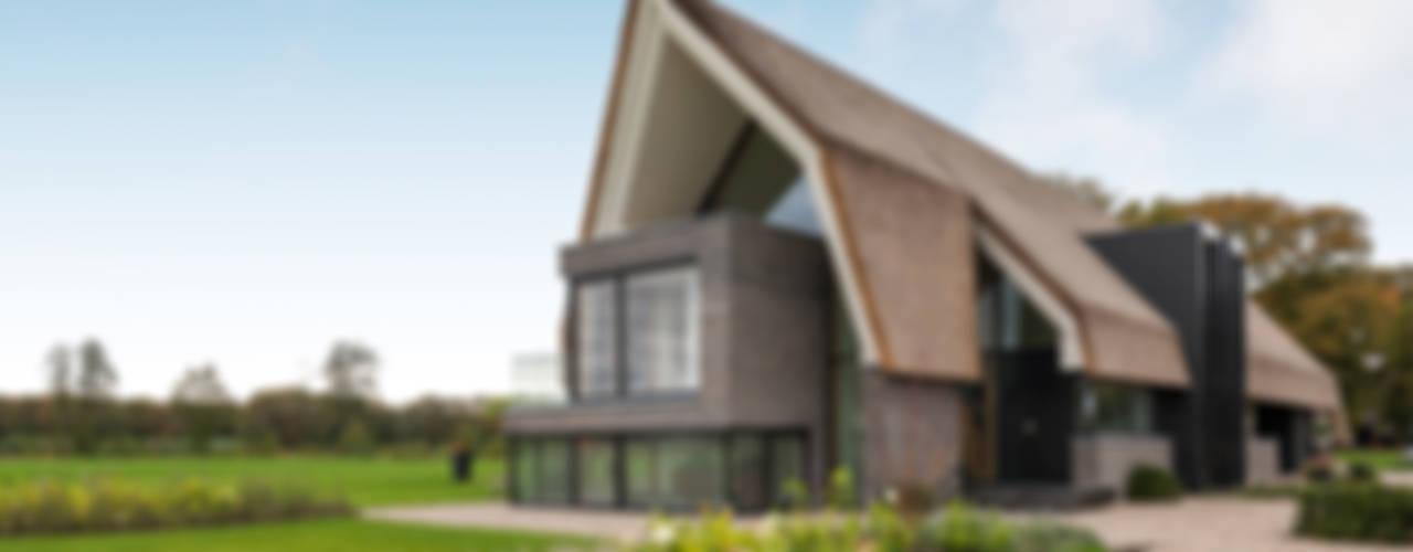 Woonhuis Laren:  Huizen door Maas Architecten,