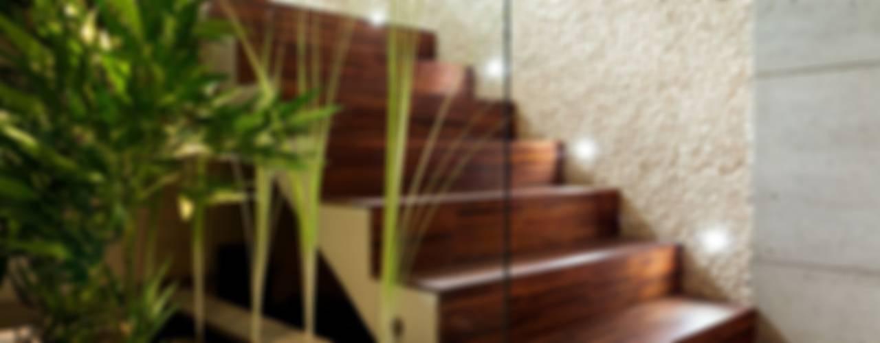 Showroom Venturi Home Solutions, Łódź Nowoczesny korytarz, przedpokój i schody od Venturi Home Solutions Nowoczesny