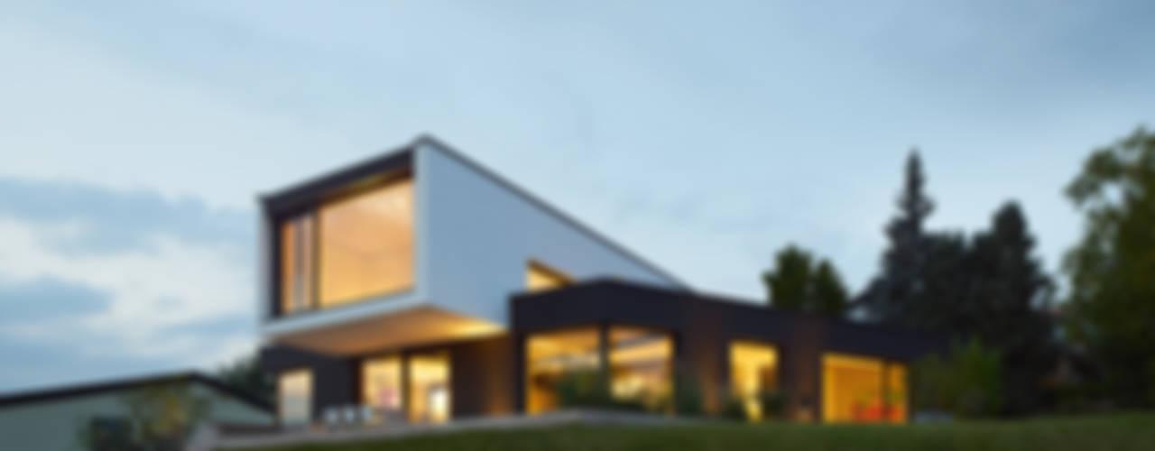 Huizen door LEE+MIR,