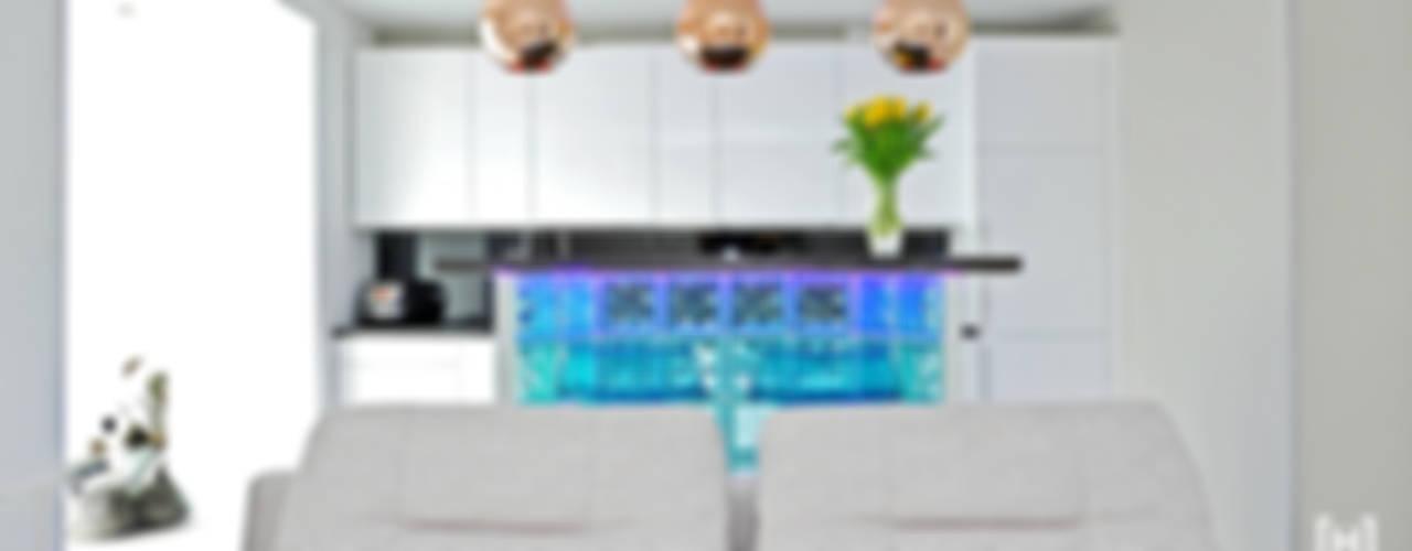 Living room by Hunter design, Minimalist