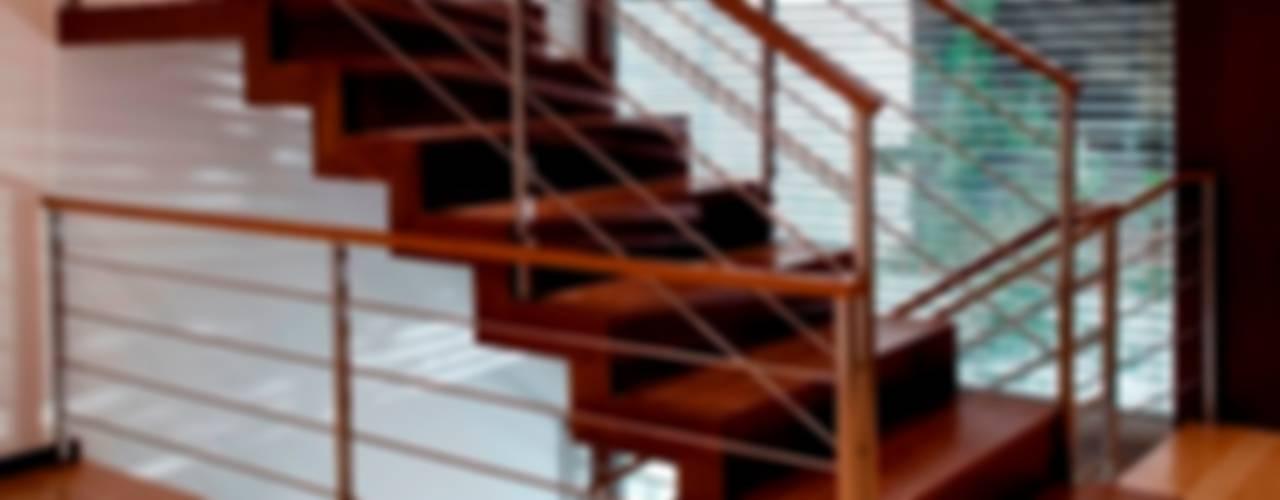 Mina do Pintor #72 House Corredores, halls e escadas minimalistas por Urban Core Minimalista