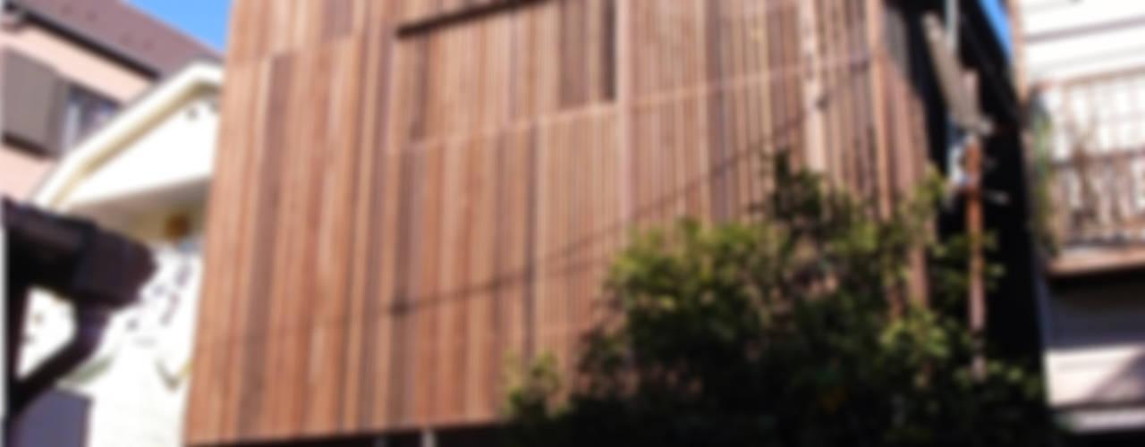 葛飾の住宅 모던스타일 주택 by ㈱姫松建築設計事務所 모던