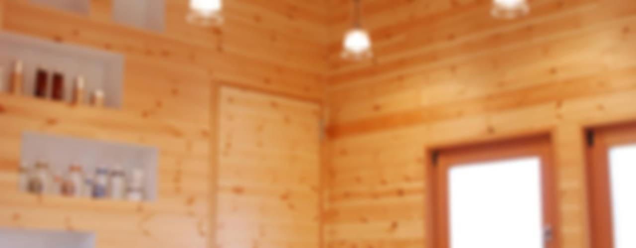 Spa de estilo  por 江口智行建築設計事務所アイビーアンドヴァインズ一級建築士事務所, Ecléctico