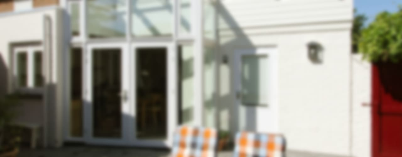 VERBOUWING WOONHUIS ROSMALEN - 290612 Moderne huizen van JANICKI ARCHITECT Modern