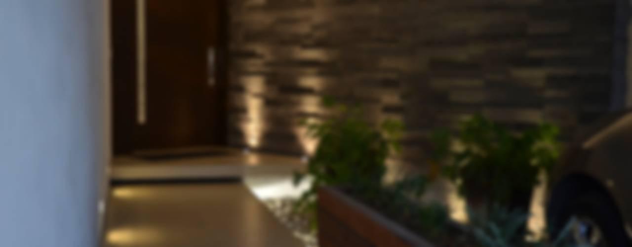 TREVINO CHABRAND Taller de Arquitectura: Casas de estilo moderno por TREVINO.CHABRAND | Architectural Studio