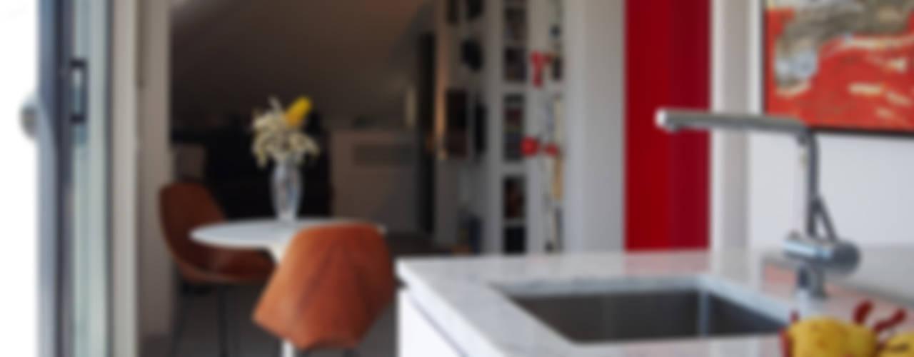 Loft Parco Nomentano - Roma Cucina moderna di in&outsidesign Moderno