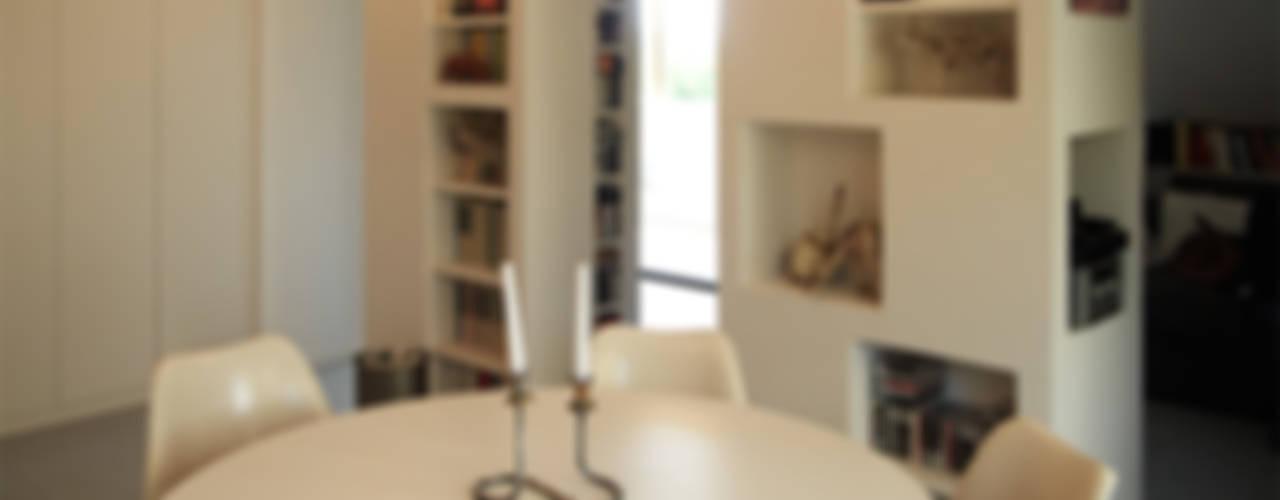 Modern Yemek Odası in&outsidesign Modern