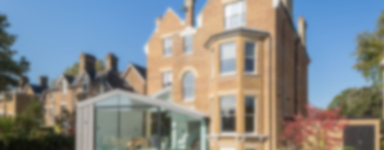 Kew Road Modern windows & doors by IQ Glass UK Modern