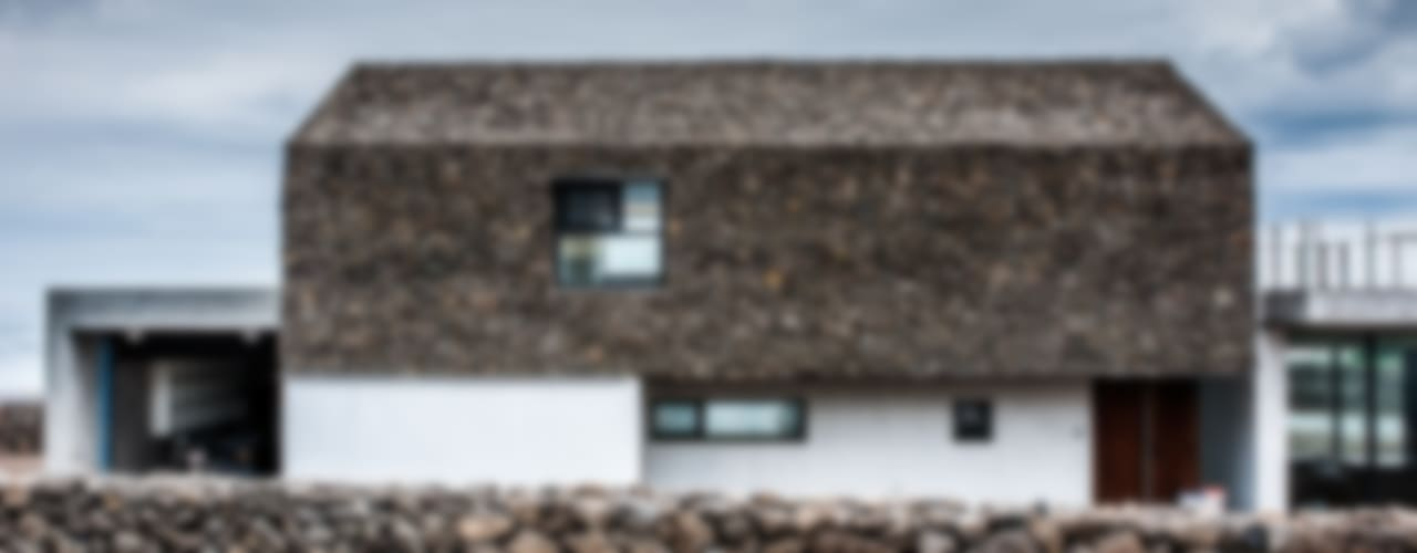 Casas de estilo  por ZeroLimitsArchitects