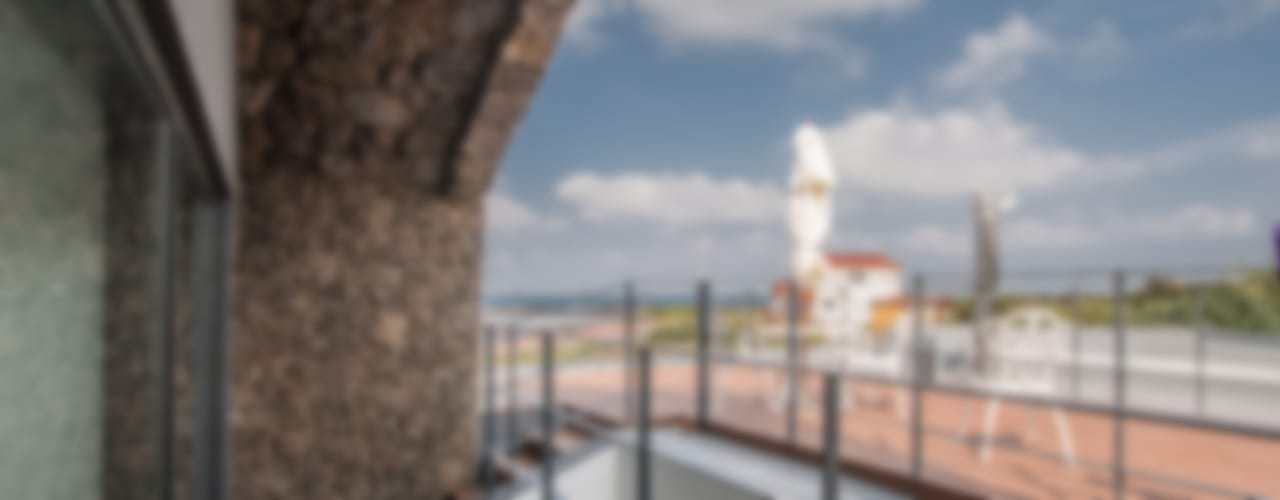 Moderner Balkon, Veranda & Terrasse von ZeroLimitsArchitects Modern