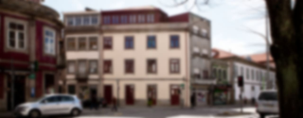 Casas de estilo ecléctico de A2OFFICE Ecléctico