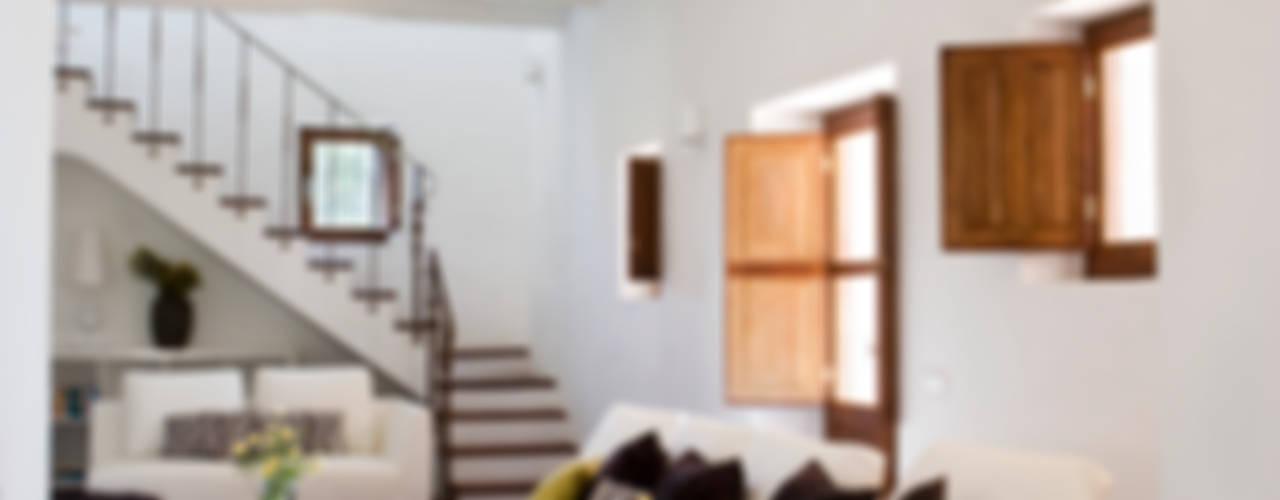 Salas / recibidores de estilo  por recdi8