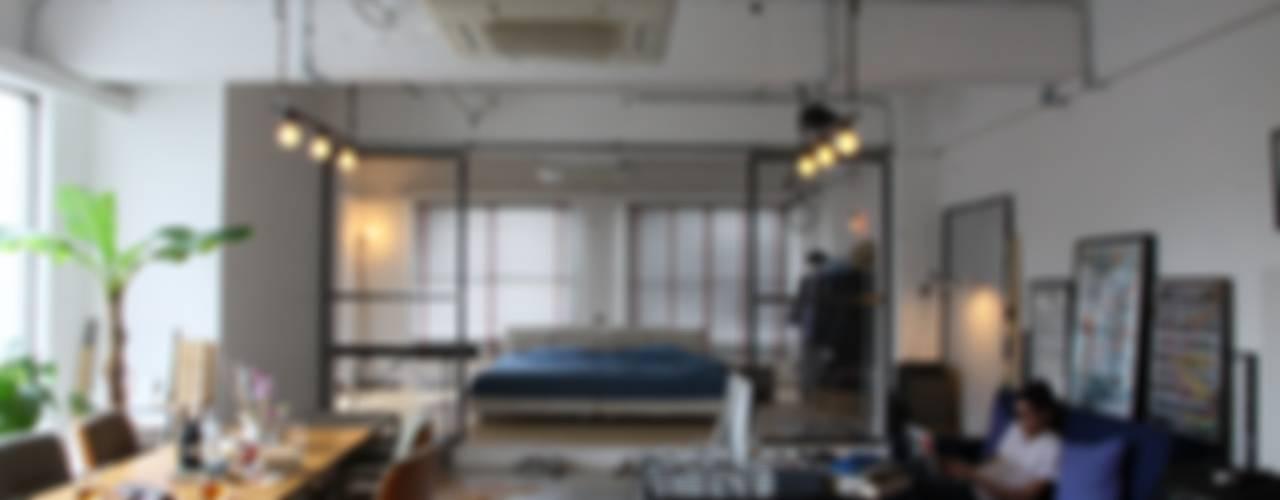 Salas de estar  por HOUSETRAD CO.,LTD , Industrial