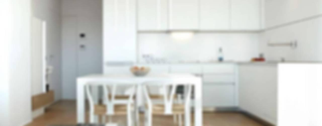 Cucina in stile  di ruiz narvaiza associats sl