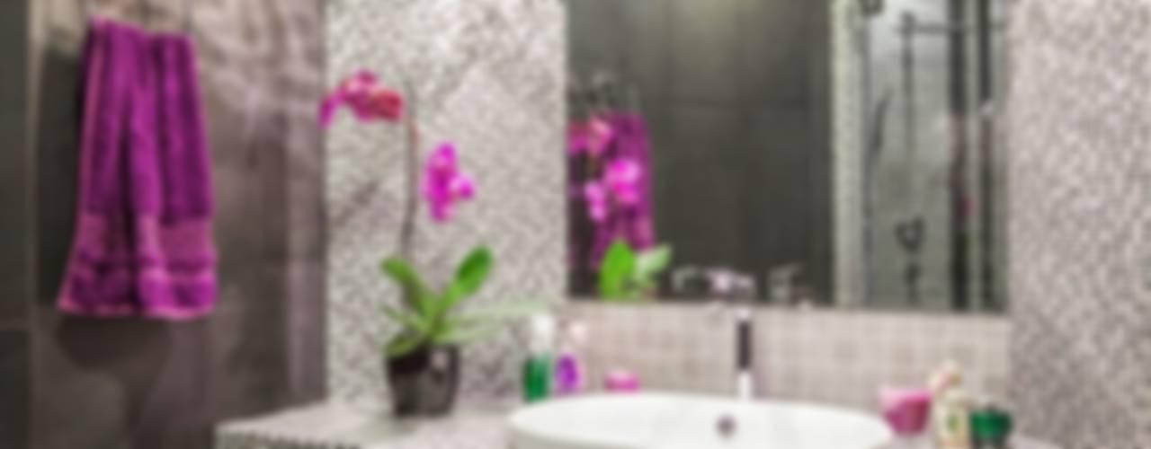 Baños de estilo minimalista de Alena Gorskaya Design Studio Minimalista