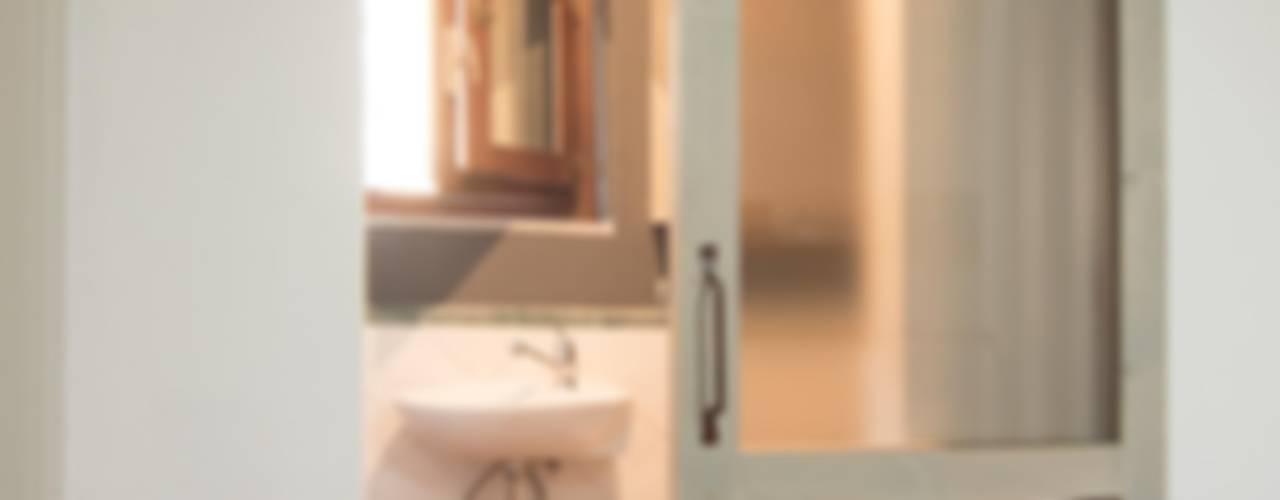 インダストリアルな 窓&ドア の Rachele Biancalani Studio インダストリアル