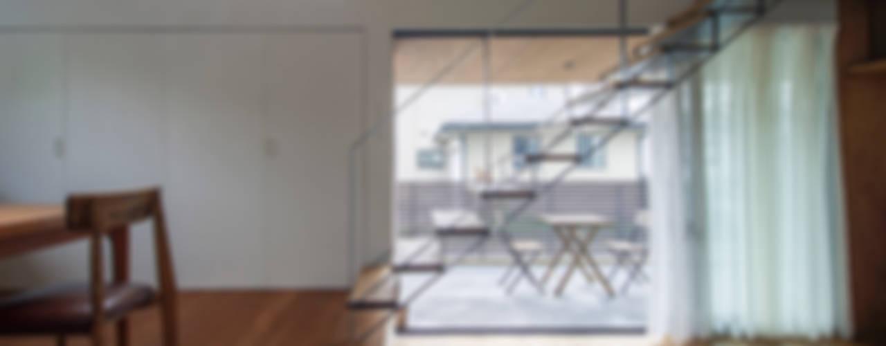 Ausgefallener Flur, Diele & Treppenhaus von nobuyoshi hayashi Ausgefallen