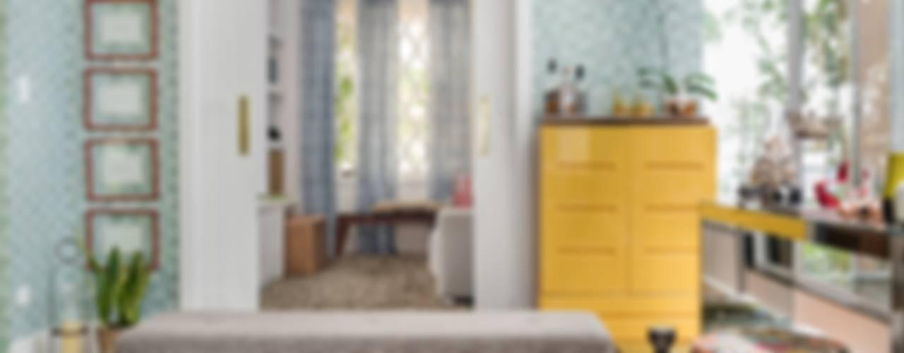 Casa Alto da Boa Vista Salas de estar clássicas por Cores Lovers Clássico