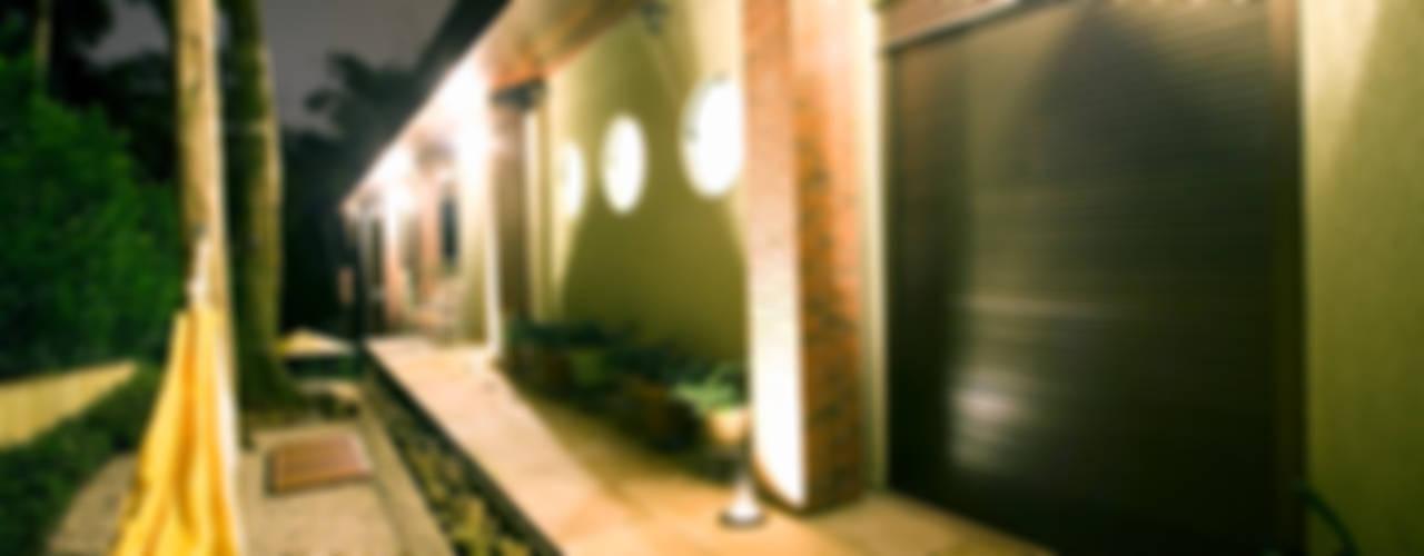 Casas de estilo  por Central de Projetos, Rústico