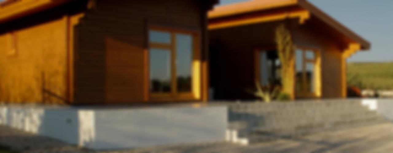 Moradia no Cadaval Nowoczesne domy od MIGUEL VISEU COELHO ARQUITECTOS ASSOCIADOS LDA Nowoczesny