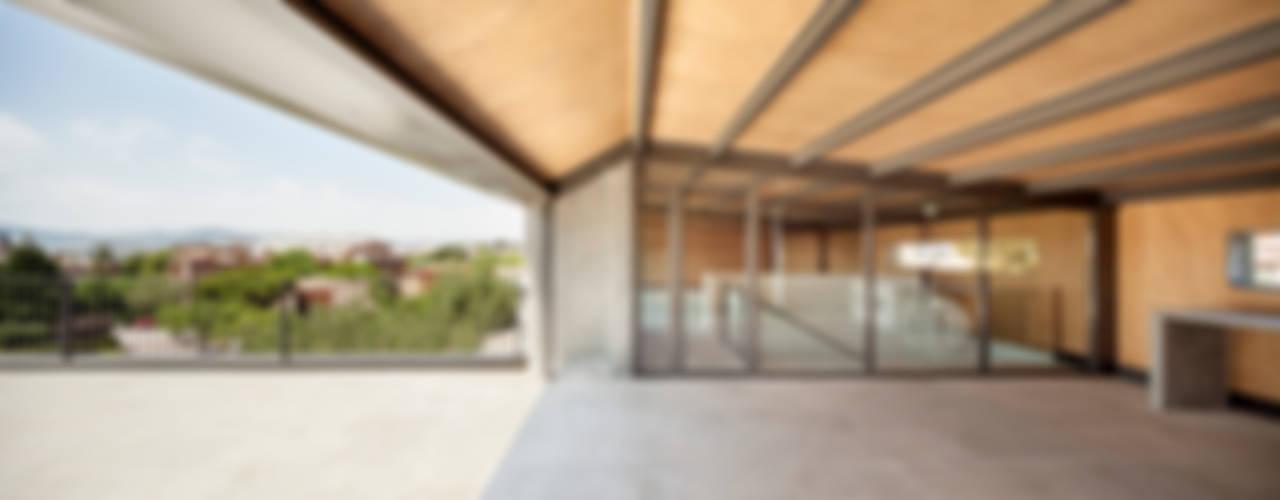 Moderner Balkon, Veranda & Terrasse von Alex Gasca, architects. Modern
