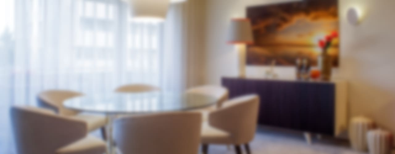 Residence Flat |  Boavista Palace | 2015: Salas de jantar  por Susana Camelo,Moderno