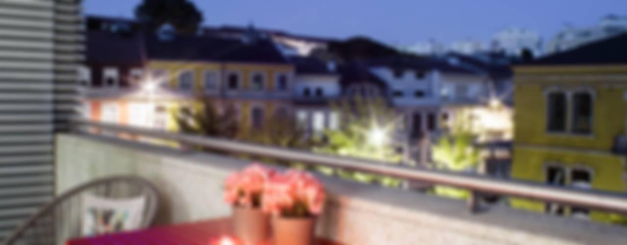 Balcones y terrazas de estilo moderno de Susana Camelo Moderno