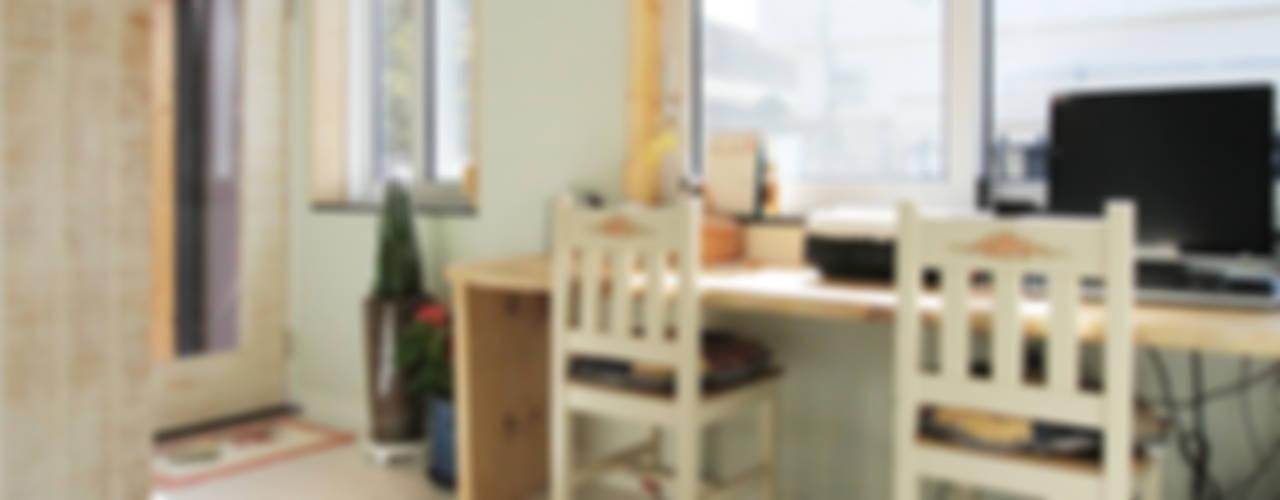 진해 여좌동 주택 인테리어 : 핸디디자인 의  다이닝 룸