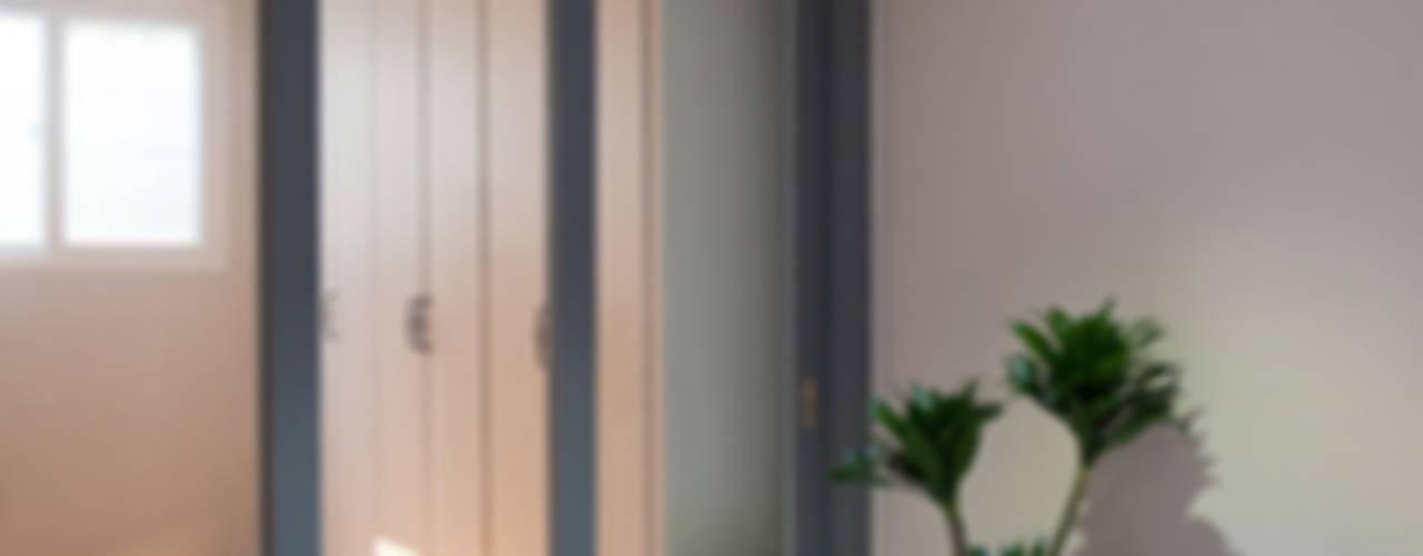 내 아이를 위한 센스있는 고집: 퍼스트애비뉴의  복도 & 현관