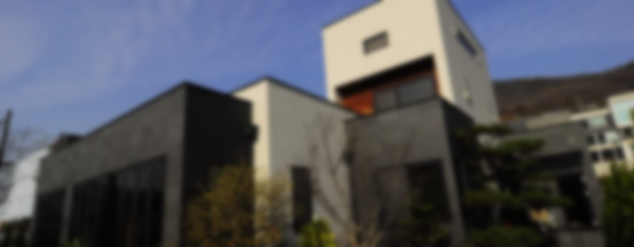 Patio House : 구도건축사사무소의  주택