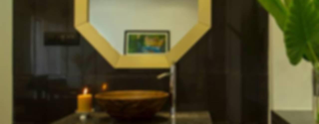 Abhiskhek's Appartment Modern bathroom by P & D Associates Modern