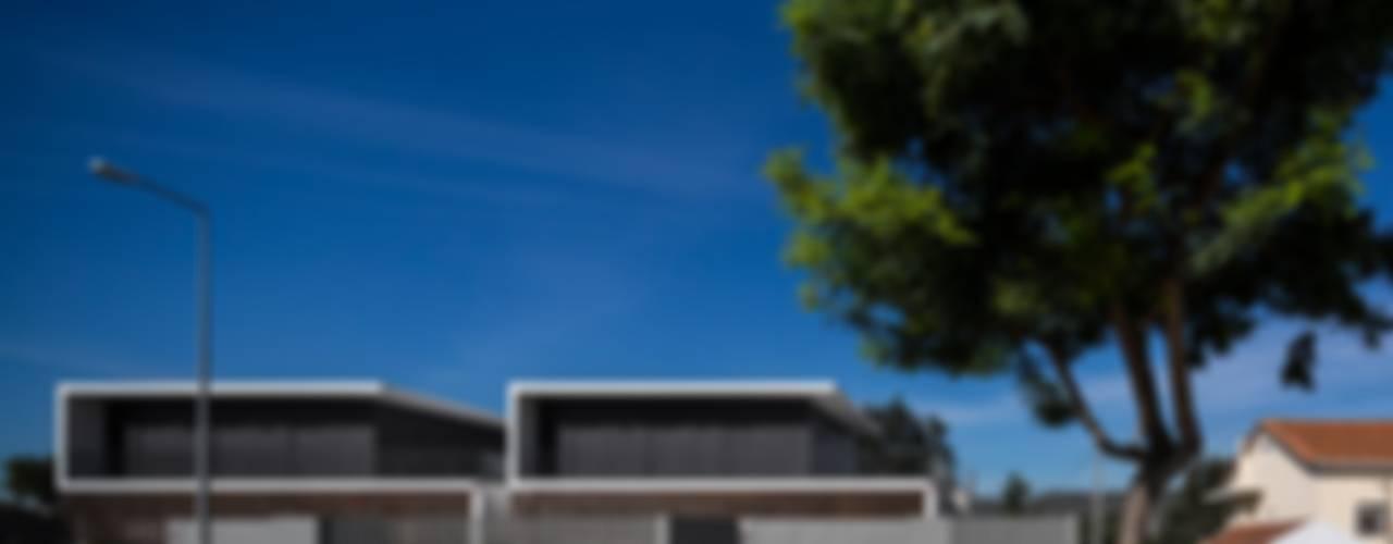 PROJECTO_CASAS EM BANDA | Setúbal | PT por OW ARQUITECTOS lda | simplicity works Moderno