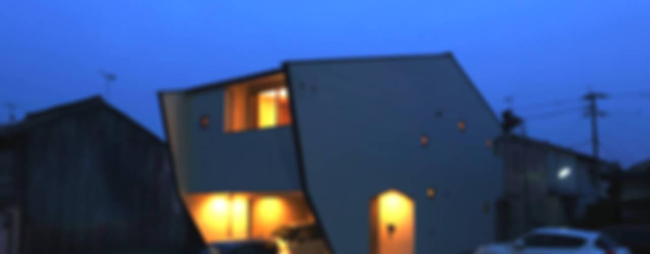 Projekty,  Domki małe zaprojektowane przez nano Architects, Nowoczesny