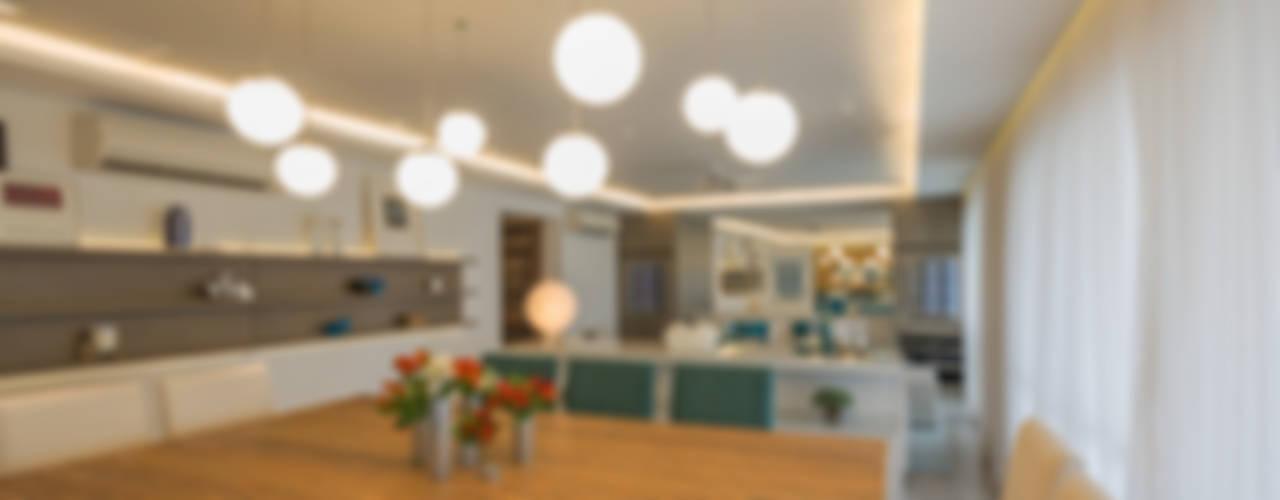 Enzo Sobocinski Arquitetura & Interiores Modern dining room Solid Wood Wood effect