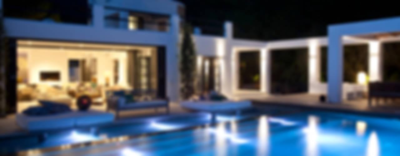 Mediterranean style house by ANTONIO HUERTA ARQUITECTOS Mediterranean