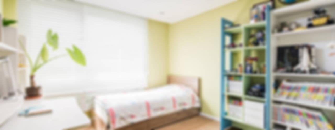 Bedroom by 아르떼 인테리어 디자인, Modern